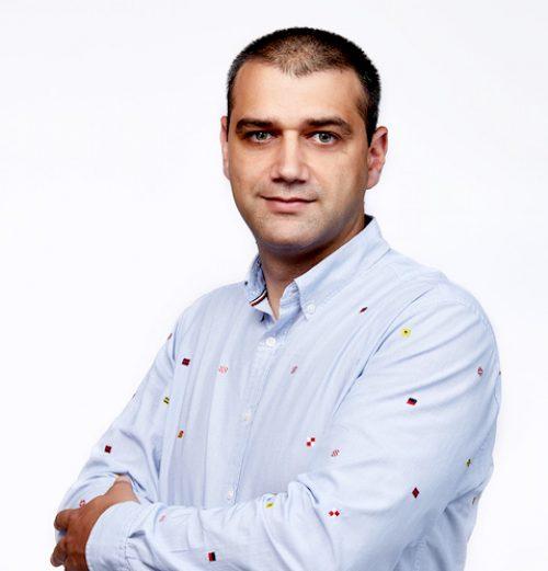 Виктор Настев